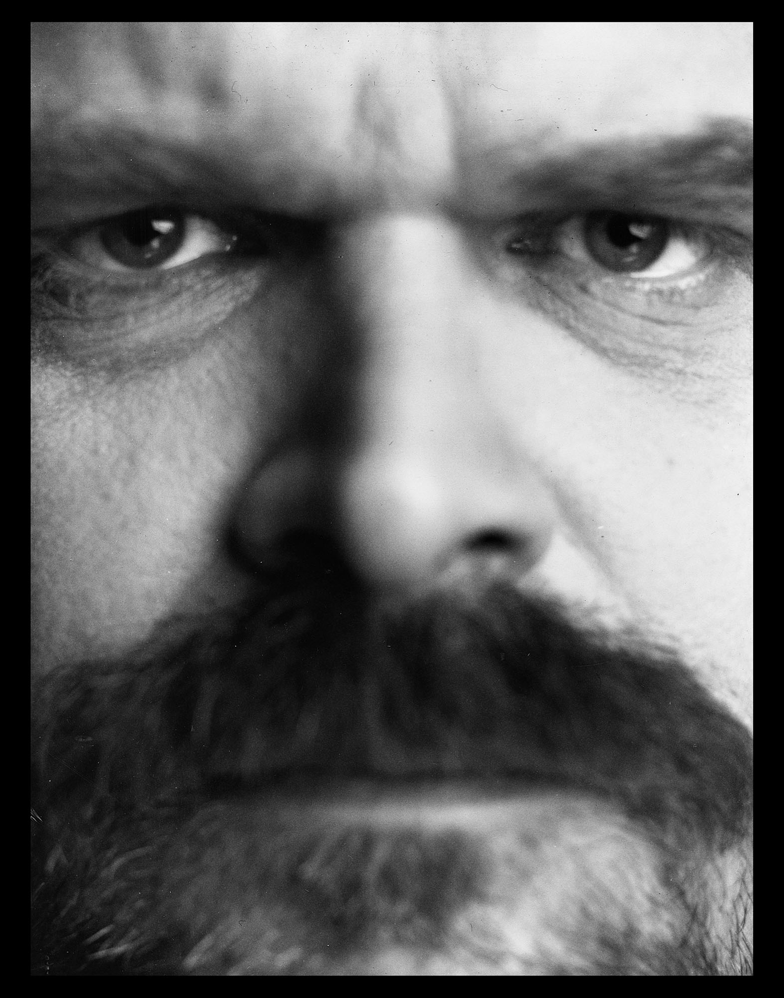 David_Harbour_4x5_Benjo_Arwas_4